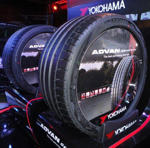 ยาง Yokohama รุ่น ADVAN Sport V105 โดดเด่นทั้งเรื่องรูปลักษณ์และสมรรถนะ ถูกใจคนที่ชื่นชอบความเร็วแน่นอน